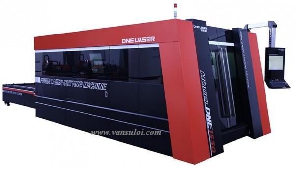 Hệ máy cắt laser DNE-1530